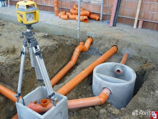 Сборка труб канализации