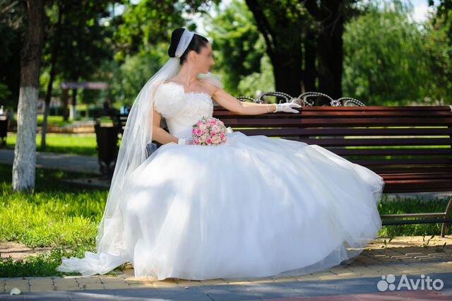 Покупалось за 35 000 рублей.  Объявление о продаже Продам свадебное платье в Краснодарском крае на Avito.