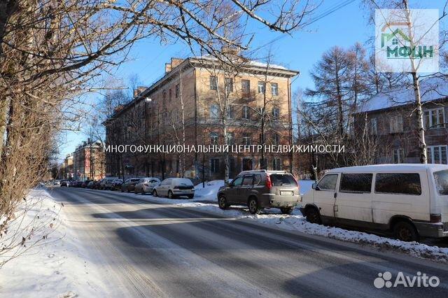 Продается двухкомнатная квартира за 2 100 000 рублей. Максима Горького ул, 11.