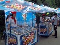 Продавец мороженного