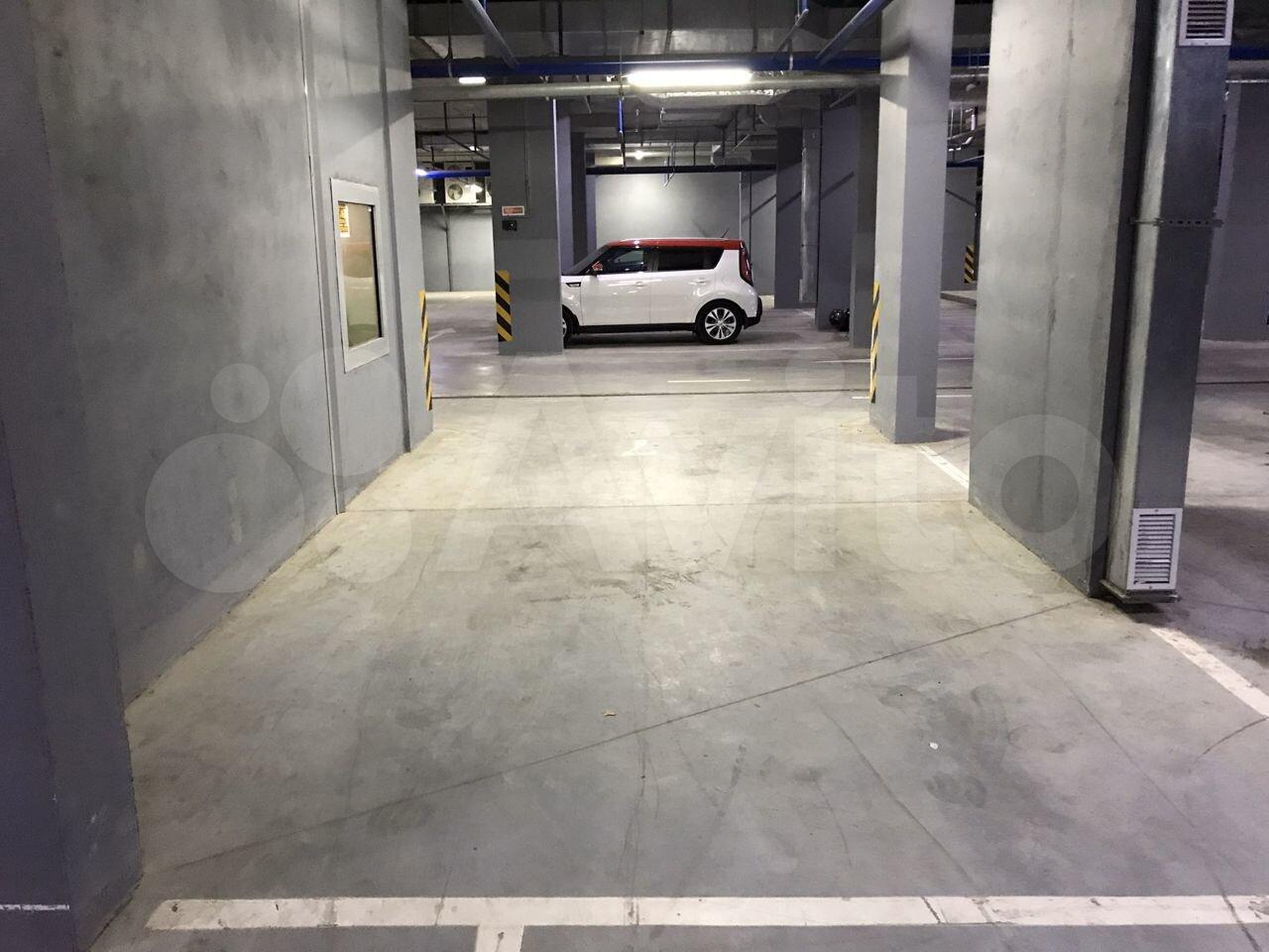 Машиноместо, 14 м²
