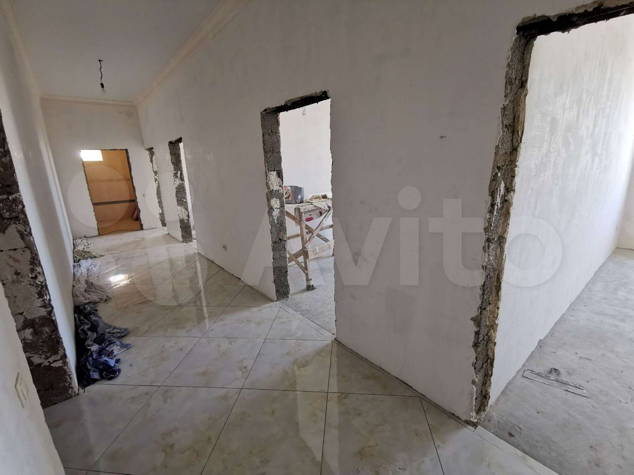 3-room apartment, 95 m2, 3/5 floor.  89094867676 buy 2