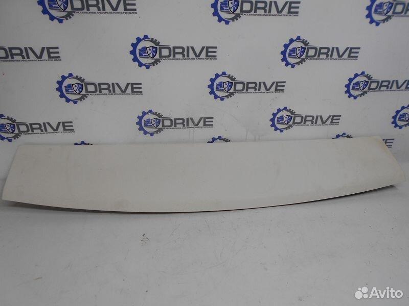 89270165946  Обшивка двери багажника верхняя Ford Focus 3 CB8